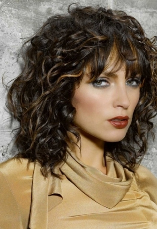 Curly Hairstyles For Short To Medium Length Hair : Cute short hairstyles are classic medium curly