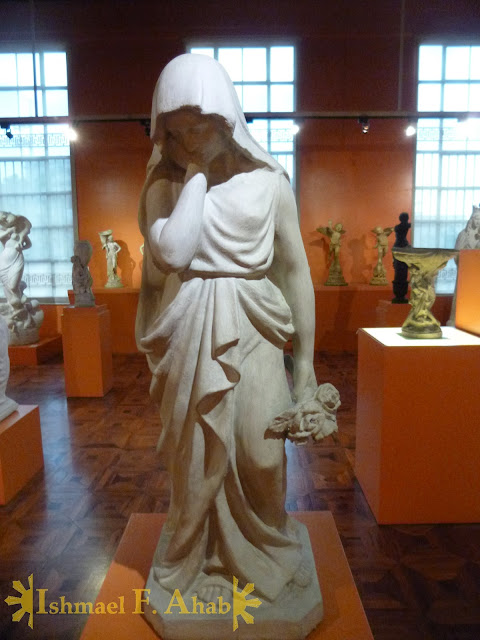 Sad lady in the Philippine National Museum