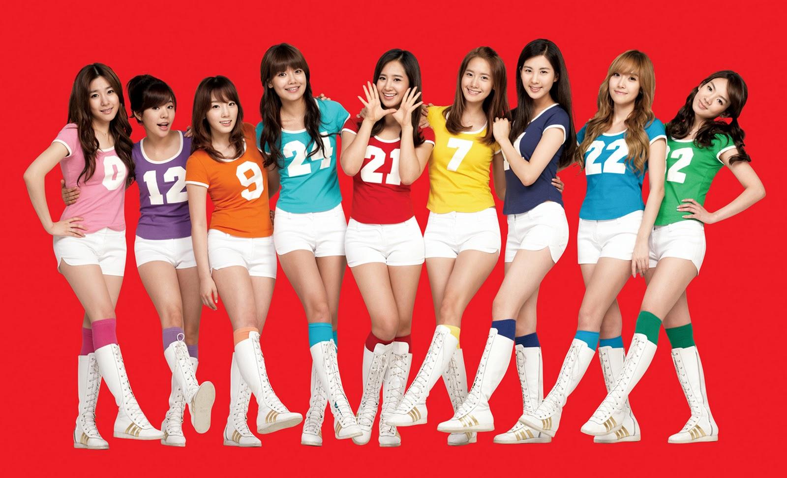 http://4.bp.blogspot.com/-OTJjUO2Yhjo/UAoISkXYa-I/AAAAAAAAEEg/i-iTk4wyxx4/s1600/SNSD+wear+Colorfull+Uniform.jpeg
