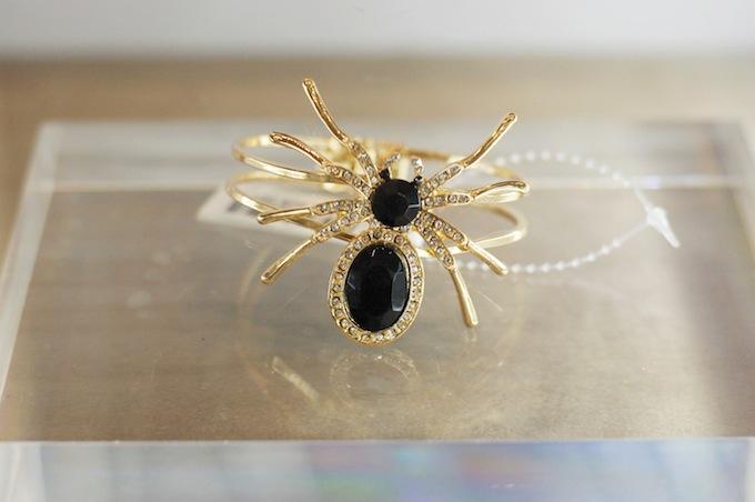 Le Château spider bracelet