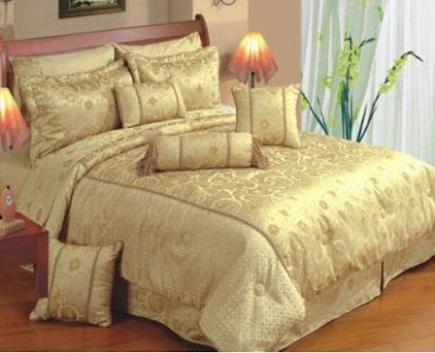 Satin-Bed-Sheets