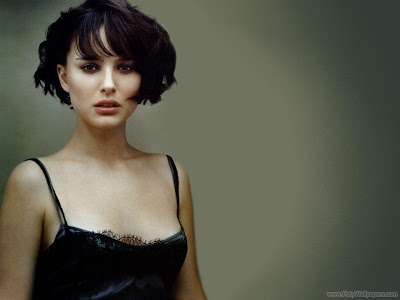 Natalie Portman Wallpaper-1440x1280-08