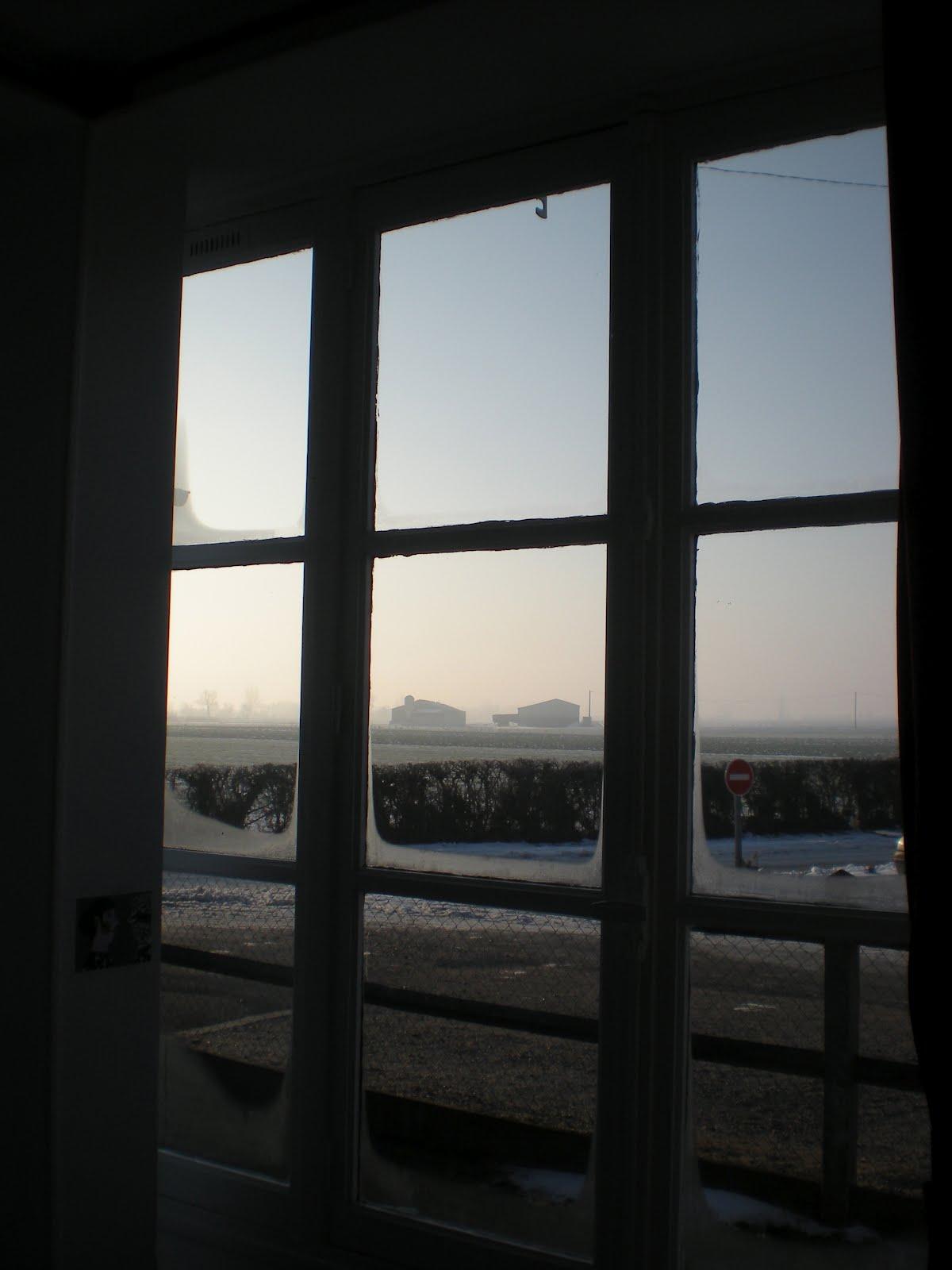 Auteur en travaux fen tre sur neige for La fenetre soleil saigon