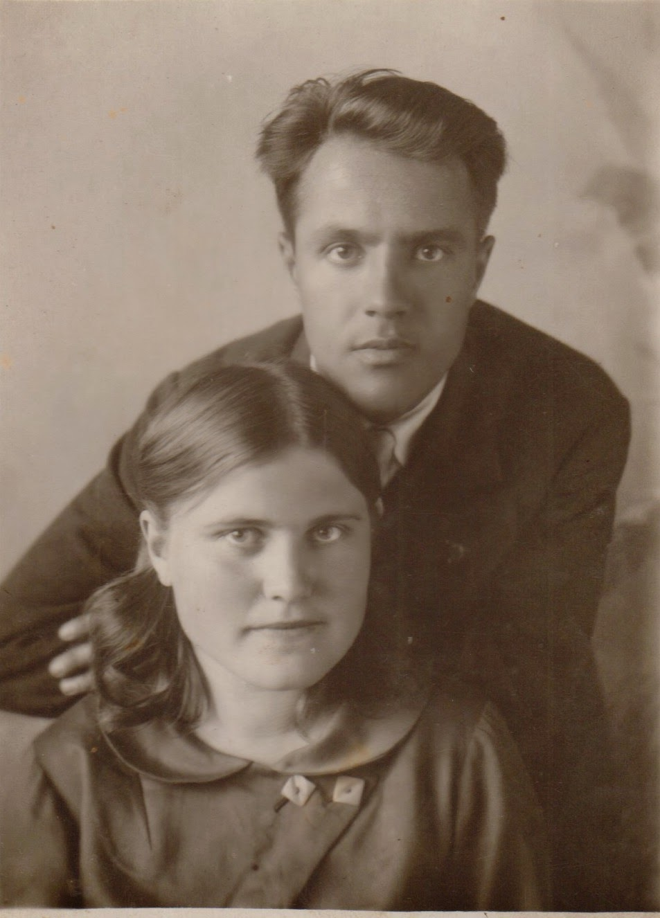 Сестра спадругой и брат 15 фотография