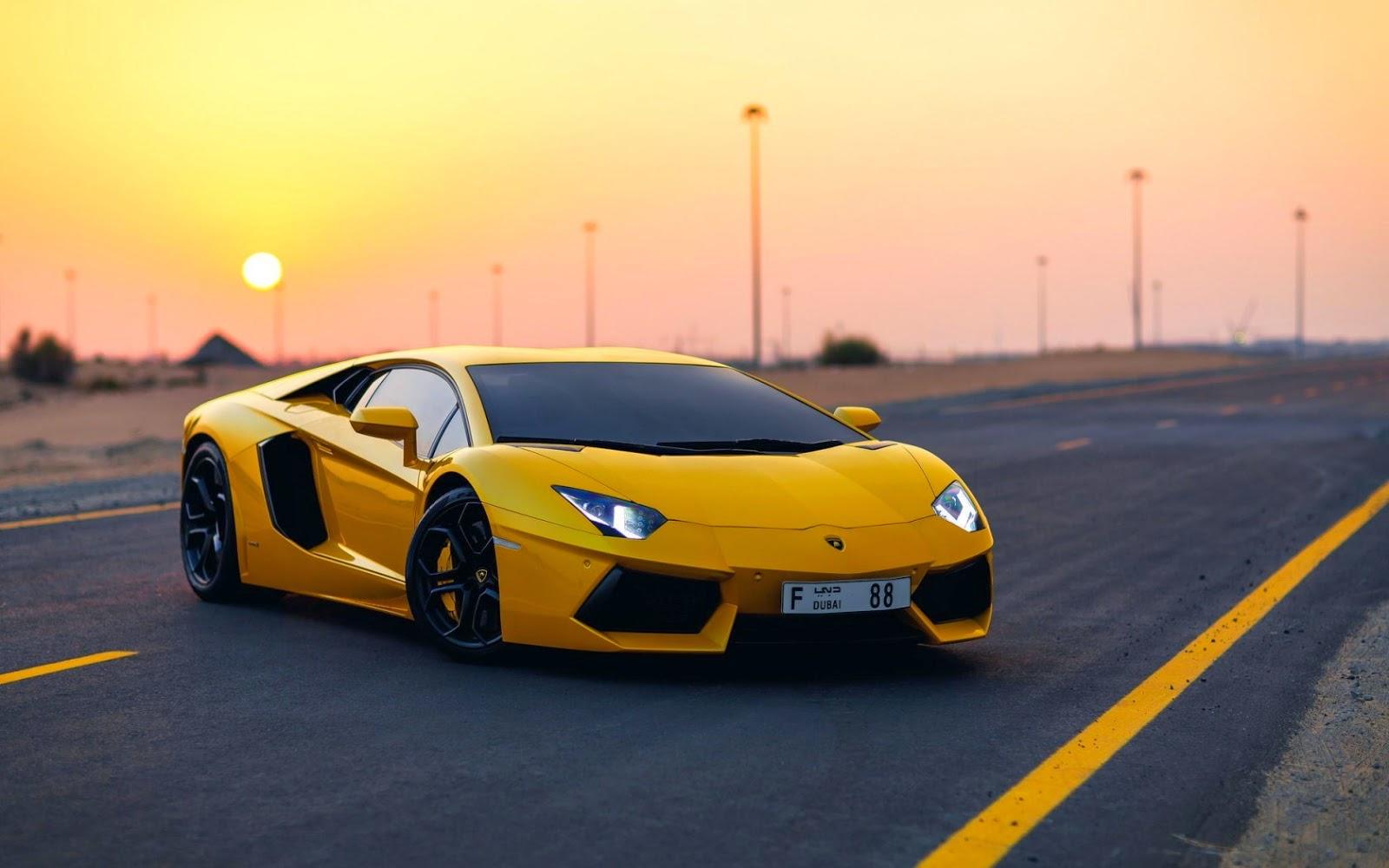mobil lamborghini kuning