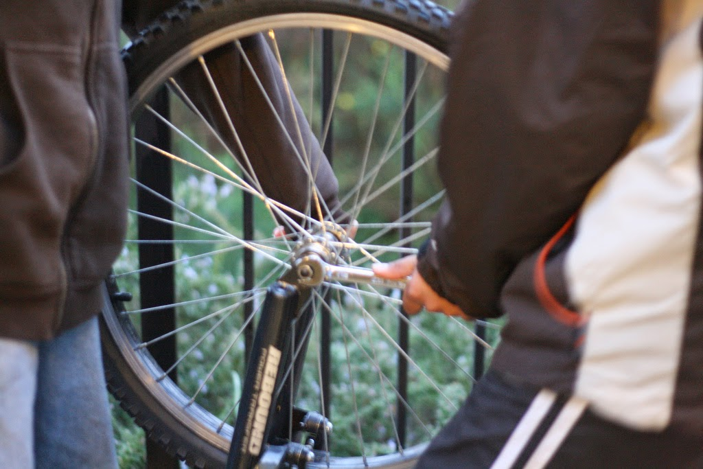 Fixing a bicycle tire