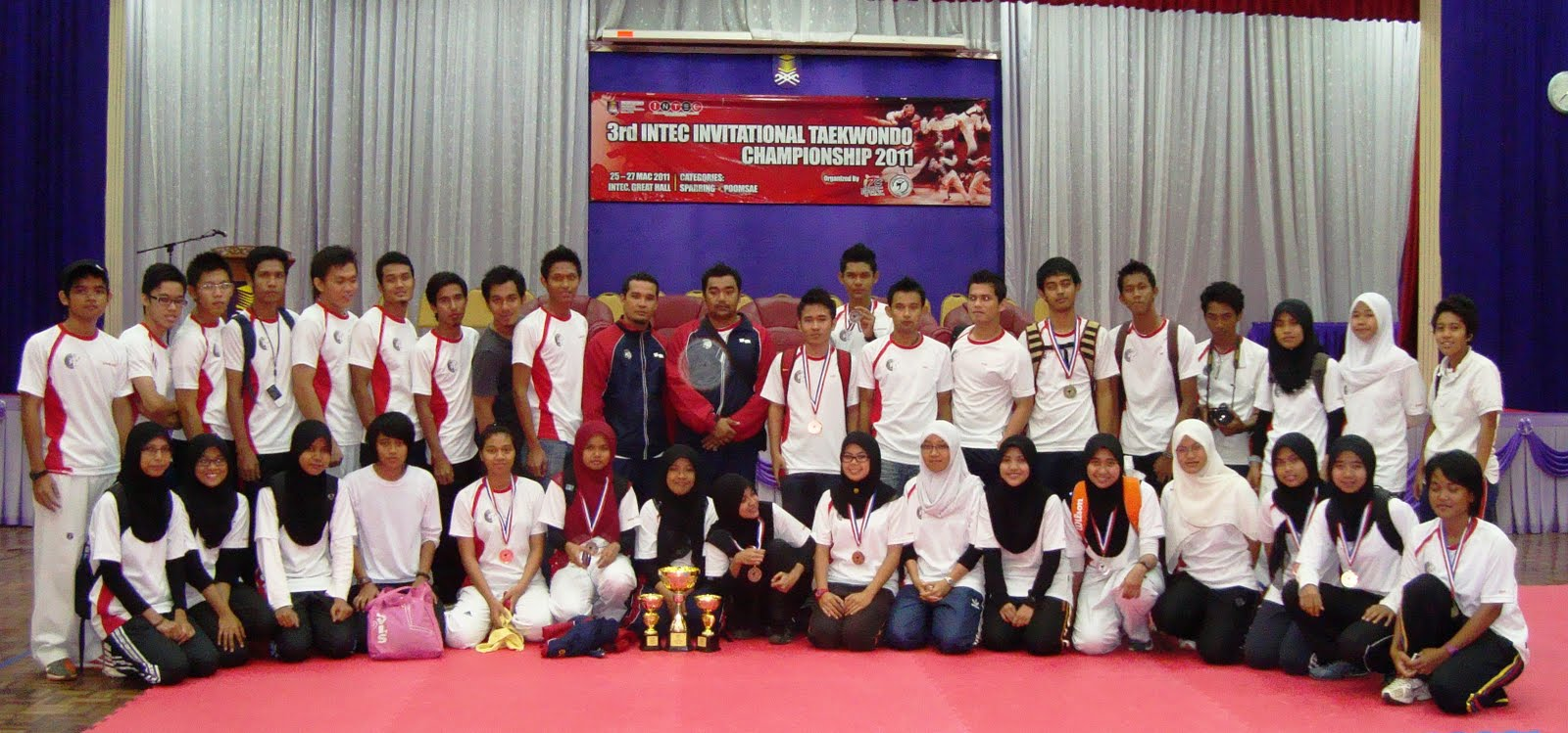 JUARA KATEGORI SPARRING AMATEUR (MEN). --UiTM PAHANG. --3 GOLDS, 2 SILVERS