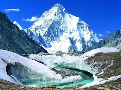 2. Gunung K2 (chogori)