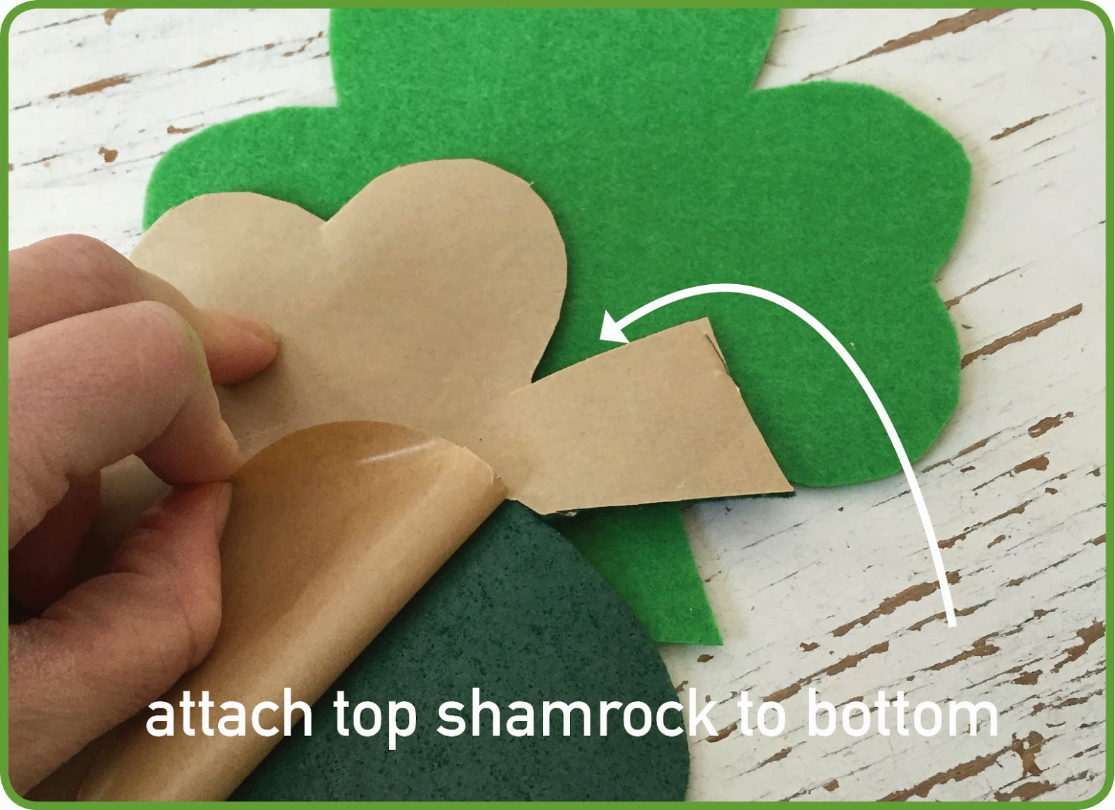 Make a felt shamrock