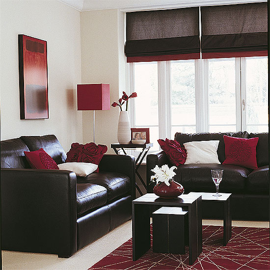 A casa da sheila sof preto combina com o qu for Chocolate brown couch living room ideas