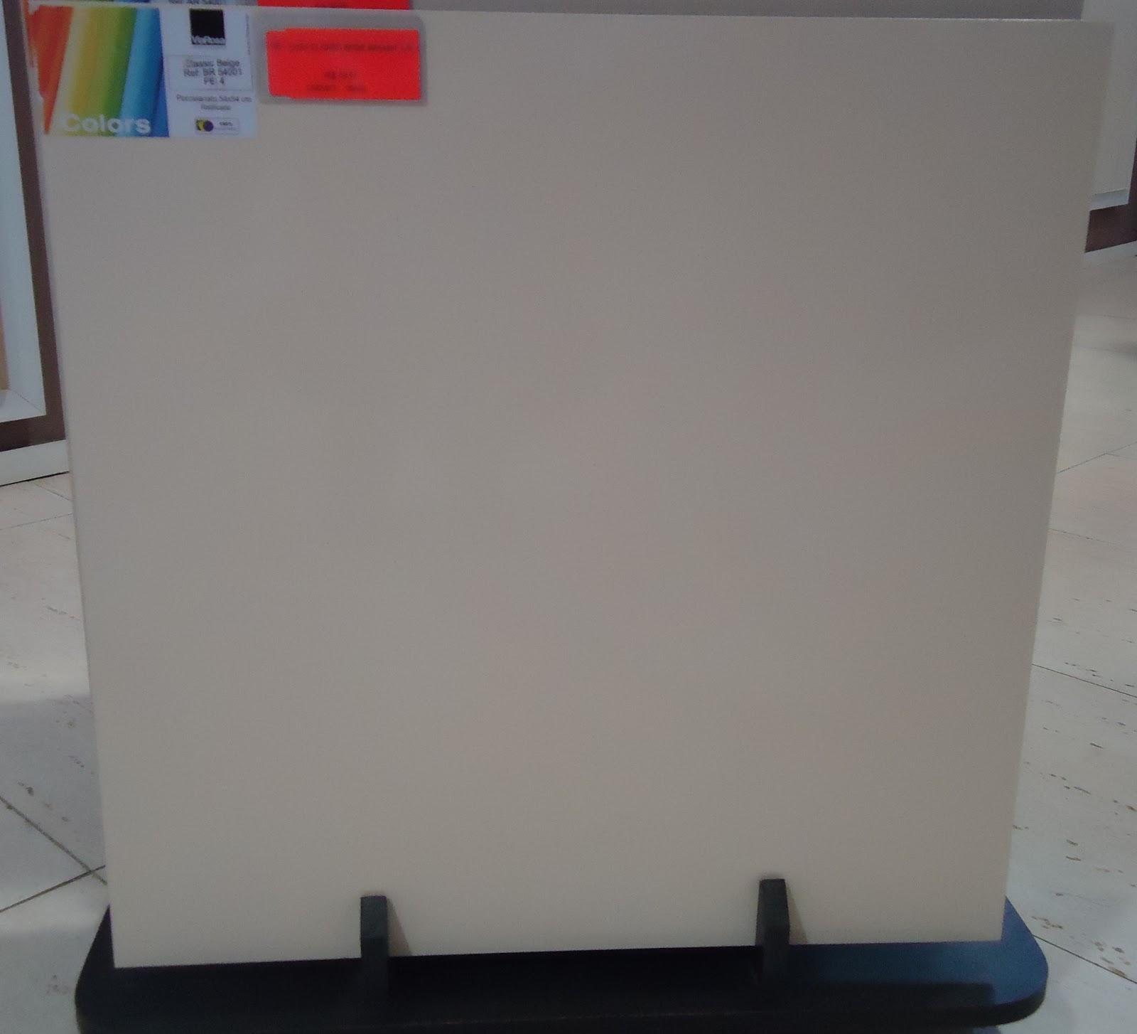 Escolhemos o Porcelanato acetinado Via Rosa Classic Bege medida 54x54  #B21922 1600x1454 Banheiro Com Porcelanato Via Rosa