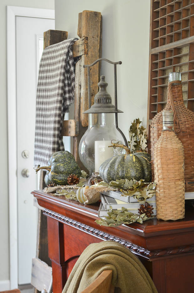 Learn how simple touches can create a beautiful and warm home this autumn.