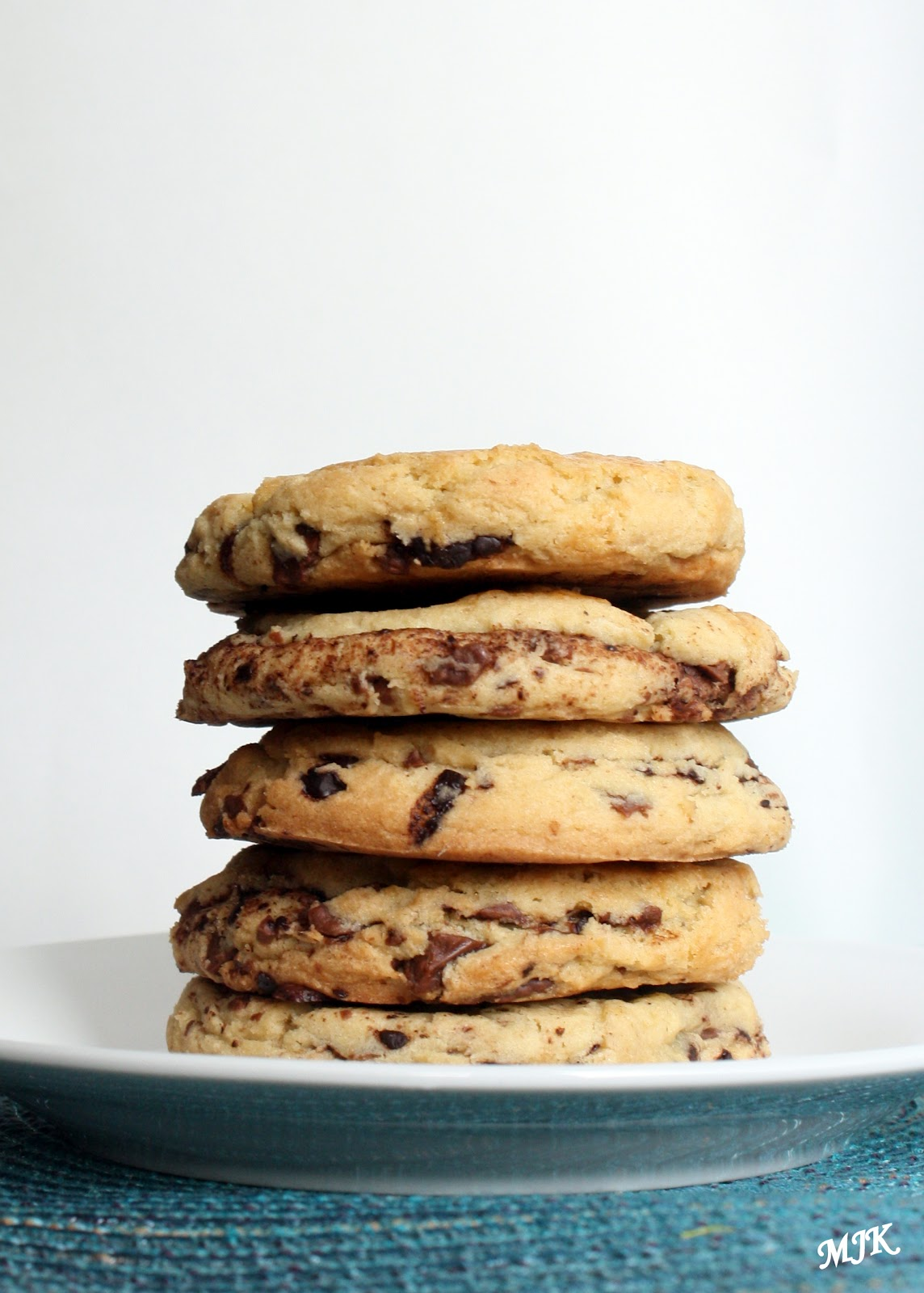 Melissa's Cuisine: Thousand Layer Chocolate Chip Cookies