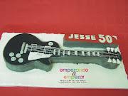 . con el hasta las 22:15 h de la noche. otra guitarra Gibson Les Paul.