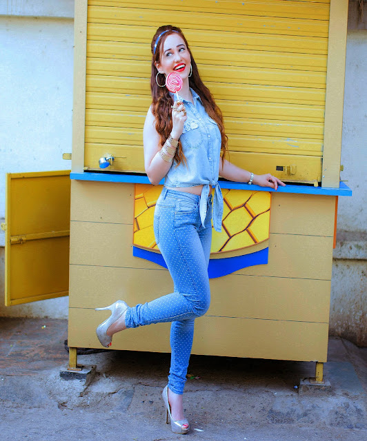 Chambray Knotted Top, Skinny Jeans with polka dots, Retro denim on denim outfit