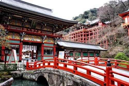 Yutoku Inari Shrine, Kyushu, Japan.