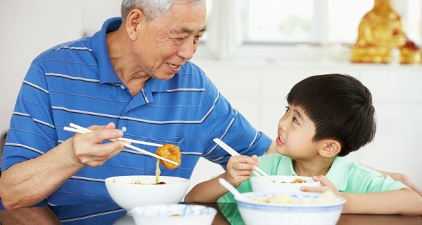 Avós influenciam dietas infantis