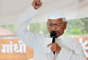 India Against Corruption: Anna Hazare arrested