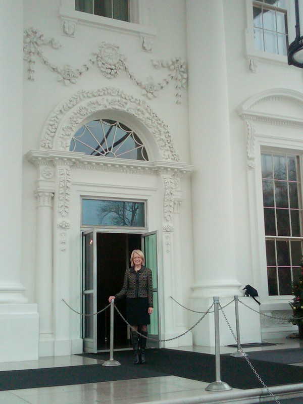 Similar Galleries: White House Front View , Inside The White House ,