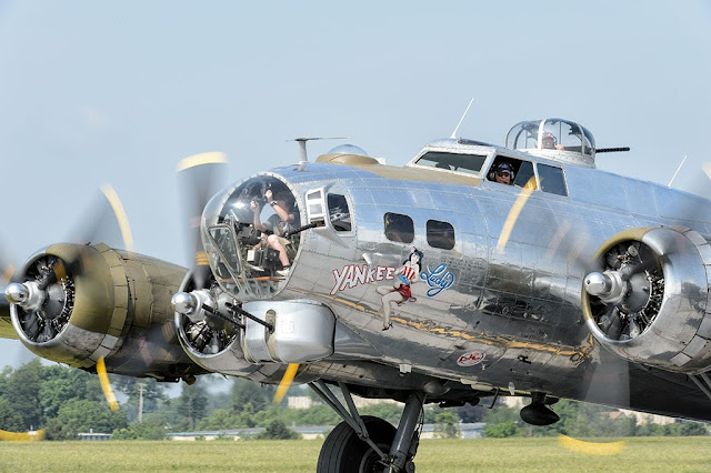 "B-17G Flying Fortress ""Yankee Lady"" Bomber"