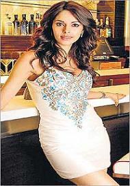 Mallika Sherawat lies about Kamal's 'Viswaroopam'