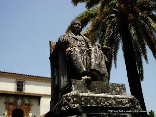 Monumento al Marqués de Casa Domecq