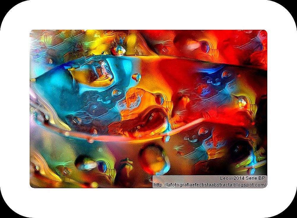 Foto Abstracta 3167  Mis sueños duermen dentro de una lágrima - My dreams are sleeping inside a tear