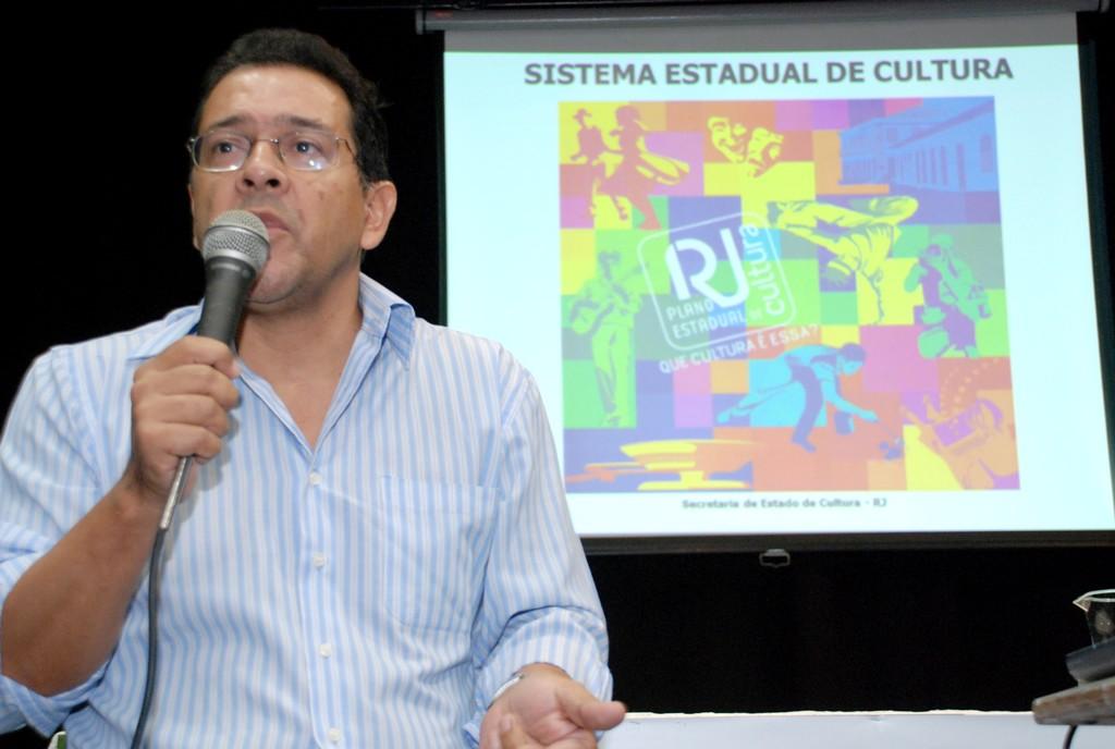 Representante da Secretaria de Estado de Cultura, Delmar Cavalcante abordou o primeiro tema do dia