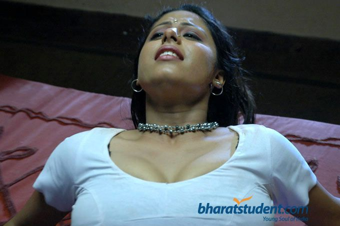 Hot Mallu Aunty In Blouse
