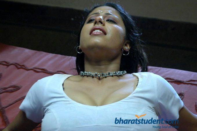 Hot Mallu Aunty In Blouse
