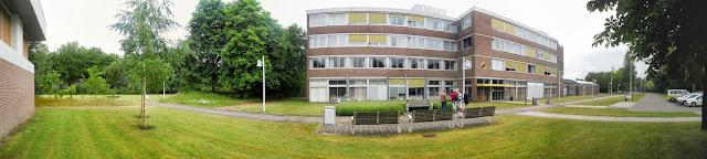 Fotografia panorâmica da parte exterior das instalações da VISIO