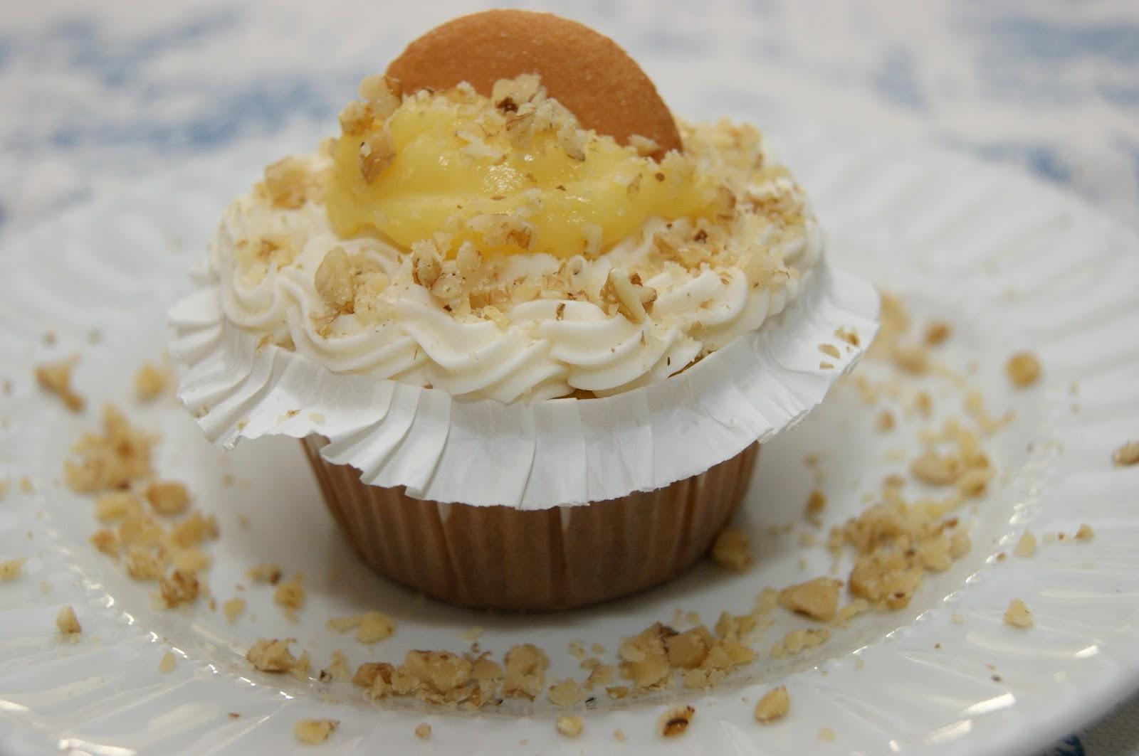how to make banana cupcakes easy