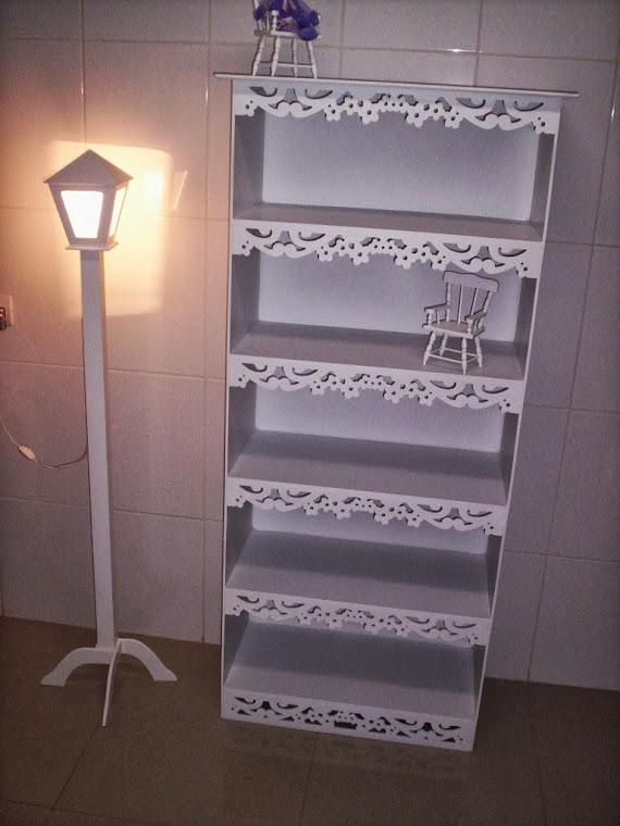 Postinho luminaria de chão R$ 90,00