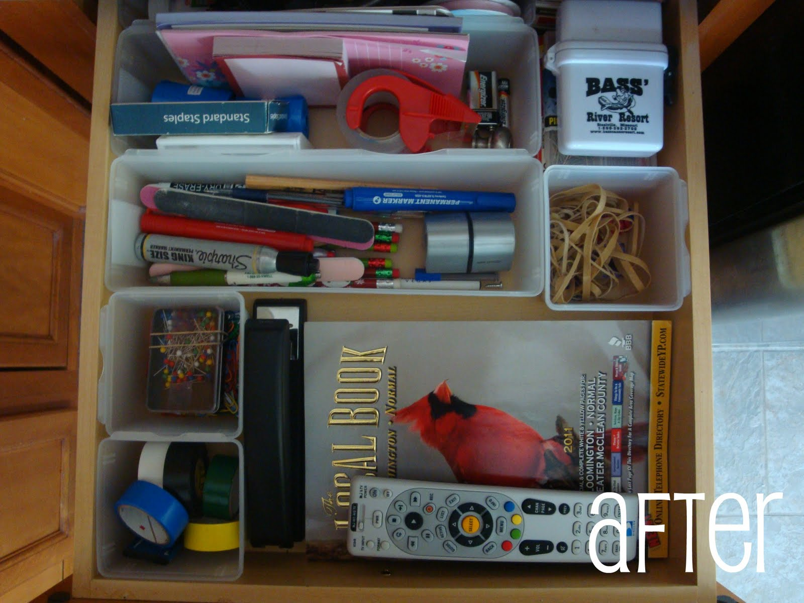 Live, Laugh, Love...: Organizing...kitchen drawers