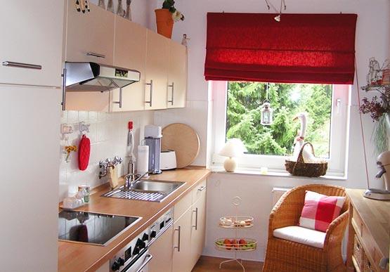 decoracao de cozinha humilde:decoração-de-cozinha-pequena-de-adeira.jpg