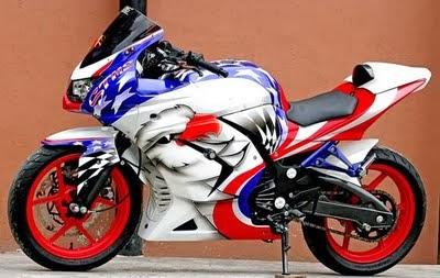 Modifikasi dan Airbrush Kawasaki Ninja 250 R Terbaru