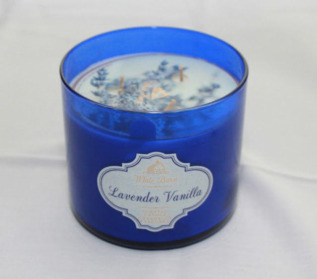 BATH & BODY WORKS LAVENDER VANILLA CANDLE