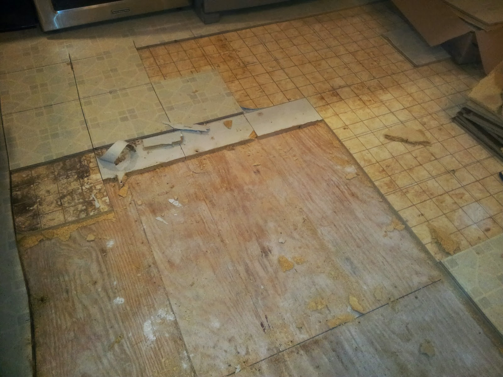 Installing snapstone kitchen floor tile for our home for Kitchen flooring installation