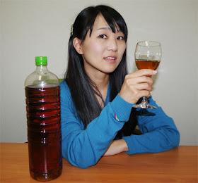 Minuman Beralkohol Ini Terbuat Dari Kotoran Manusia