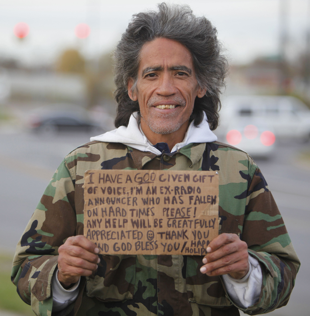 ted williams homeless man s voice made American sensation ted williams was homeless when a reporter for the  columbus dispatch heard his golden voice and made him famous.
