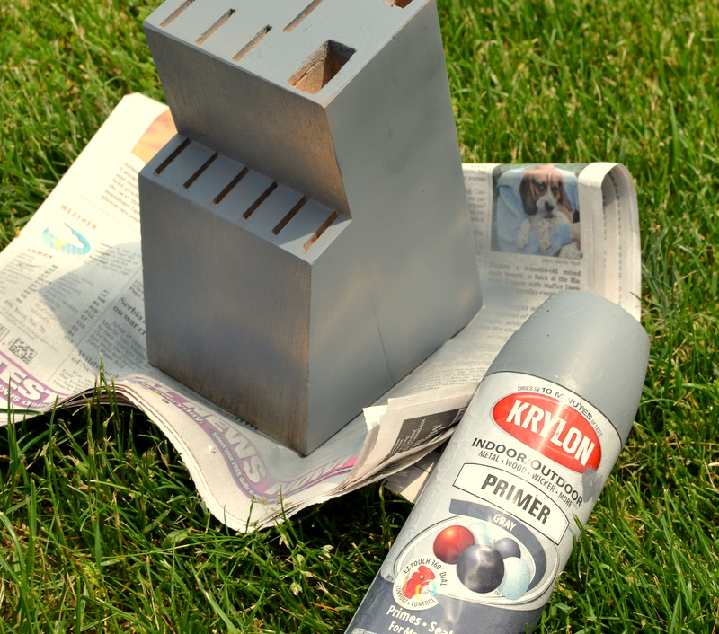 Painted Knife Block: Thrifty Decorating: Knife Block Makeover