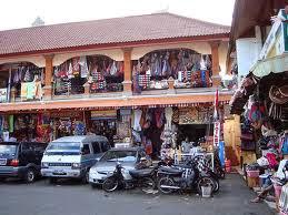 16 Tempat Wisata Yang Paling Menarik  Di Bali  - Pasar Seni Sukawati