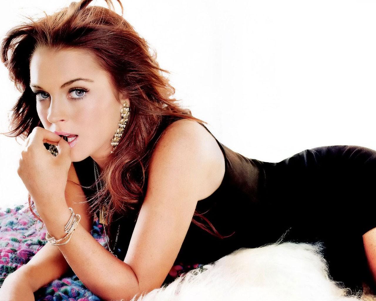 http://4.bp.blogspot.com/-OYb1Q7FF9Fc/UNyaX4K-VtI/AAAAAAAABvE/V-Ov43KyGzI/s1600/Lindsay_Lohan.jpg