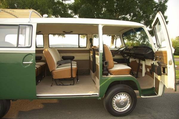 Beautiful 1971 Vw Deluxe Bus Auto Restorationice