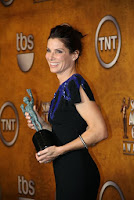 Sandra Bullock receives Hollywood actress Award