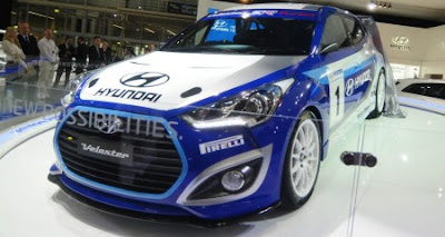 Debuting with the Veloster Race Concept was the Veloster Road Concept