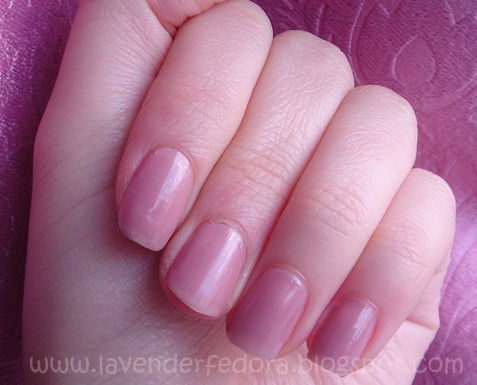 Lavender Fedora: The Perfect Nude Polish: OPI Tickle My