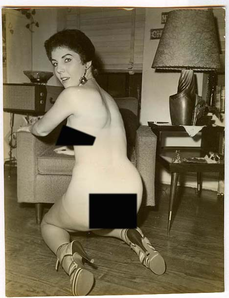 Opinion Obama s mom nude pictures
