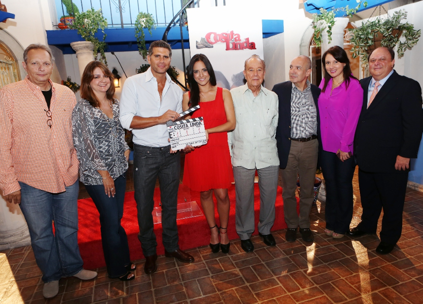 "Cosita Linda"", la nueva telenovela de Univision Studios"