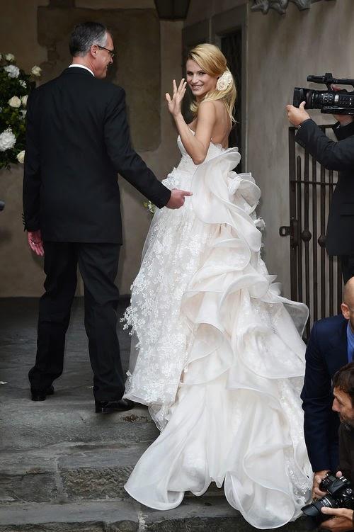 Michelle Hunziker is so beautiful as a bride